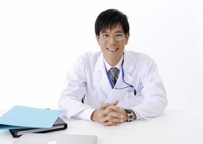 YNET – גניקולוג חשוד שאנס מטופלת